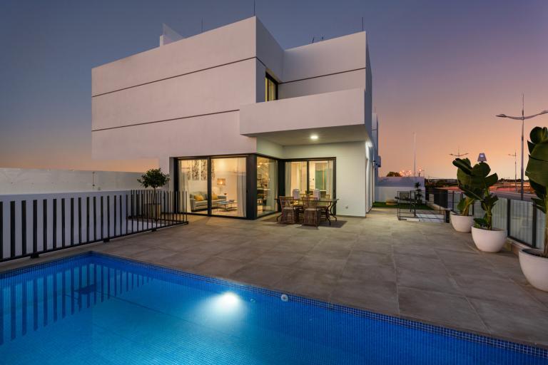 Prachtige nieuwbouw villa's met privé zwembad in Dolores Nieuwbouw Costa Blanca